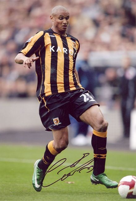 Daniel Cousin, Hull City & Gabon, signed 12x8 inch photo.